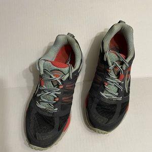 Brooks Cascadia Trail Shoes size 7.5